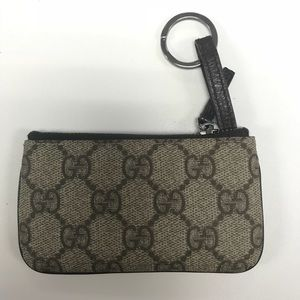 Gucci Supreme Monogram coin key purse